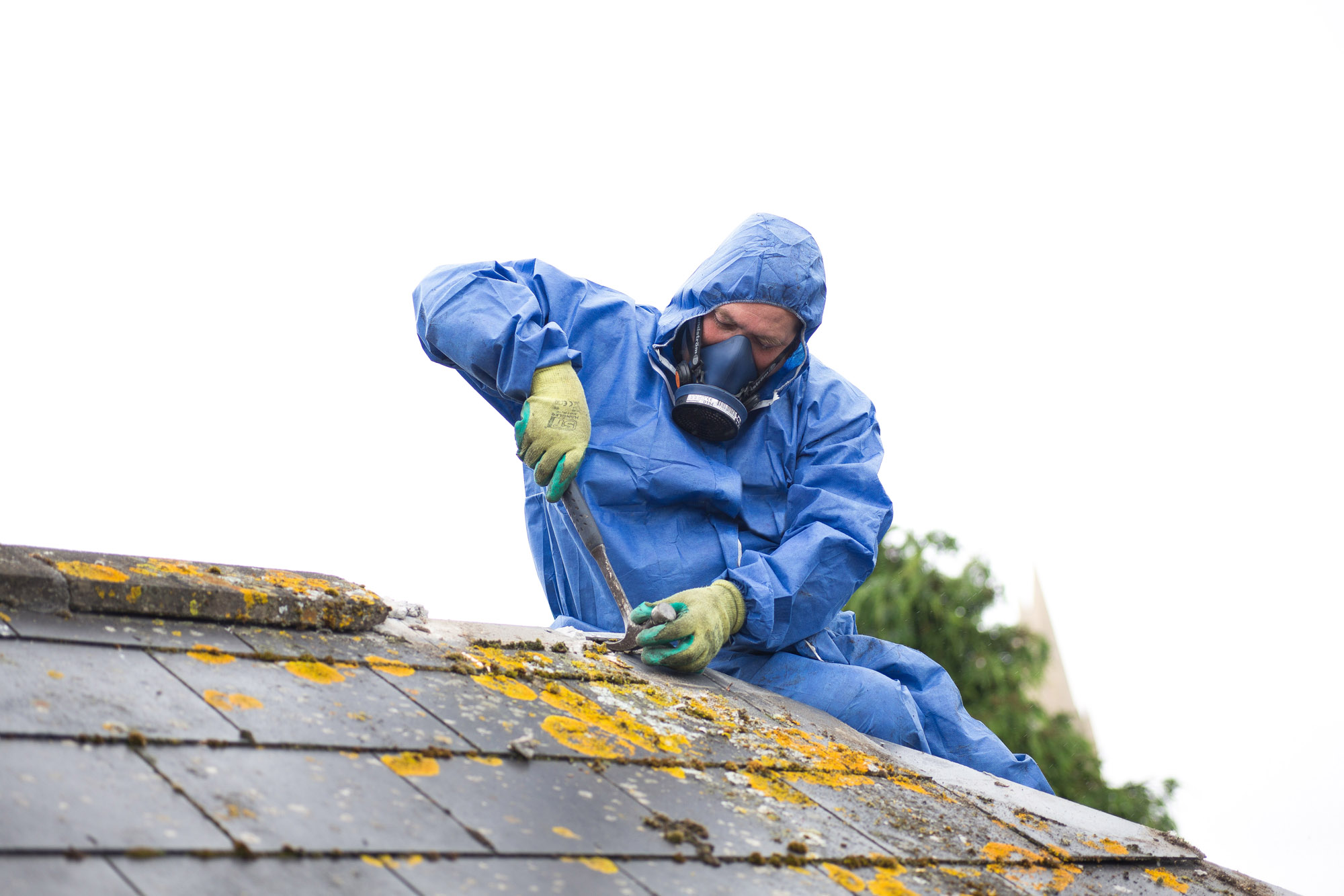 How to Identify Asbestos Roof Tiles | Raynes Roofing